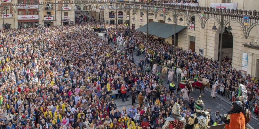 La Generalitat inicia la declaración de Bien Interés Cultural de la Fiesta de Alcoy