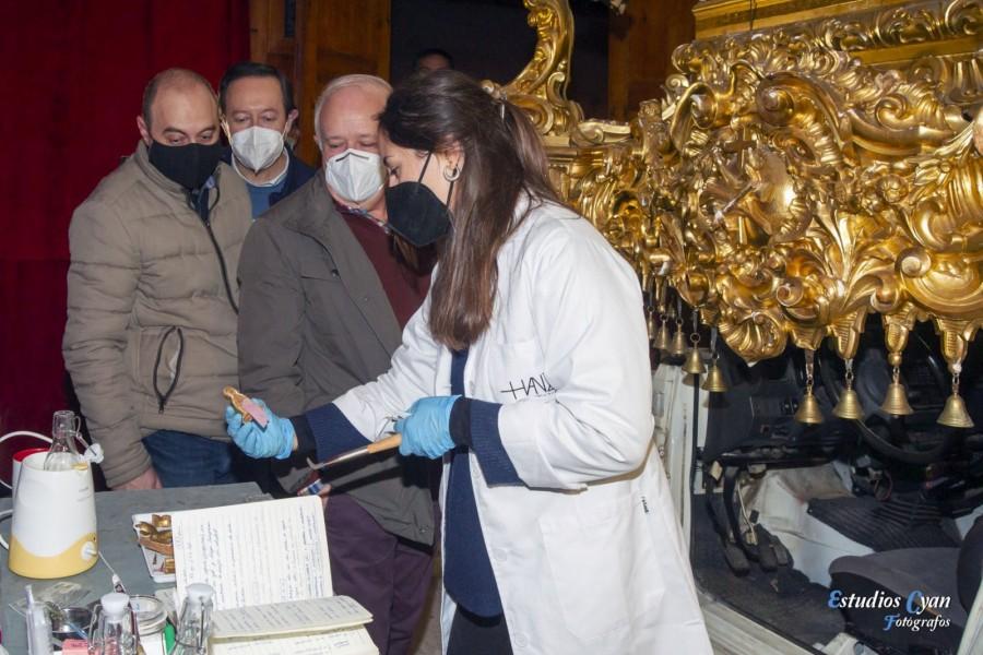 La Asociación de San Jorge restaura la peana procesional de la imagen de Sant Jordi de Alcoy