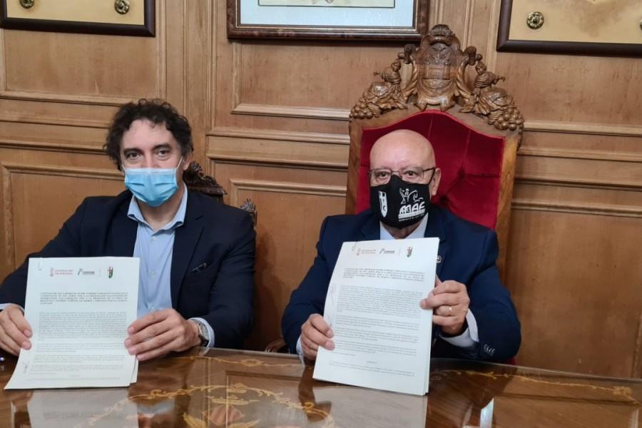 Turisme destina 40.000 euros en 2021 a la Asociación San Jorge para la promoción e impulso de la Fiesta de Moros y Cristianos de Alcoy